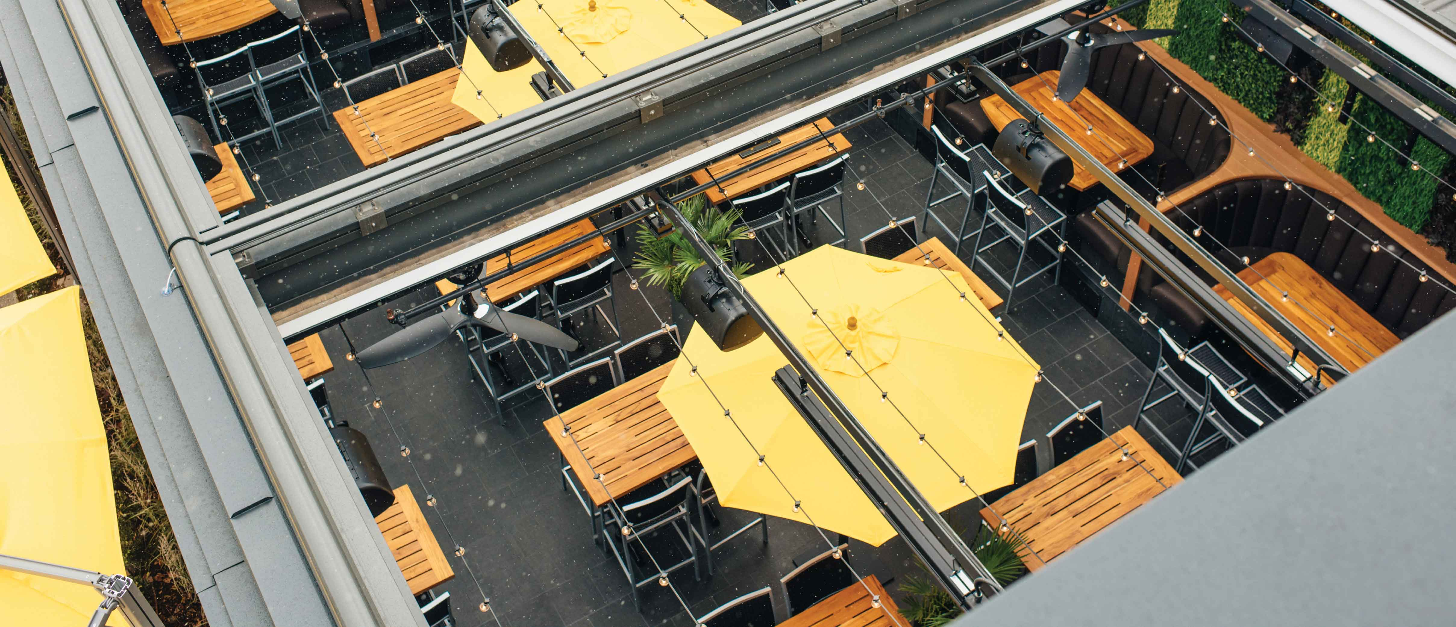 Cactus Club Cafe Richmond Centre | All season patio with retractable roof